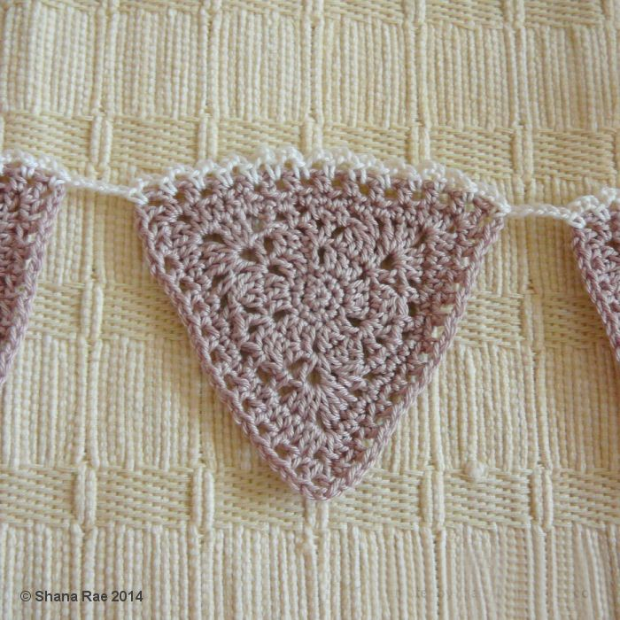 Lacy Latte Bunting