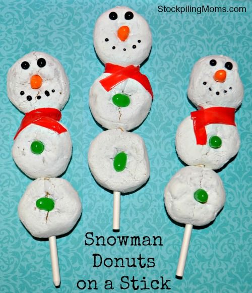 What a cute breakfast/snack for Christmas Eve! Snowman Donuts on a Stick