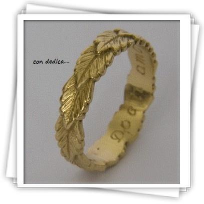 indossa un anello di alloro per distinguerti dagli altri ..