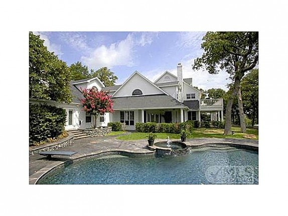 Kelly Clarkson's Texas Ranch For Sale