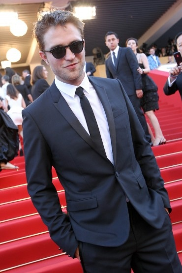 CANNES: Robert Pattinson at the 'On The Road' premiere with his sunglasses on + Interview and MORE | Cosmopolis – The Movie Fansite. Film by David Cronenberg starring Robert Pattinson