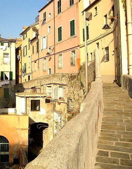 Mura del Barbarossa- Genova
