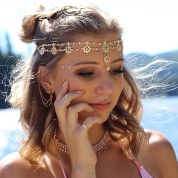 "Olivia  Manson (@elysian.artistry) on Instagram: ""Another from the boho photoshoot!  ( Photos by @jordan.tea ) • • • • • #mua #makeup…"" Boho bohemian glam photoshoot makeup"