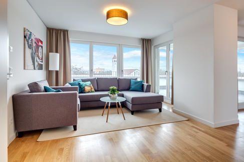Wohnen auf Zeit München - Mr. Lodge ist der führende Anbieter von möblierten Wohnungen in München. Tagesaktuell über 300 möblierte Wohnungen kurzfristig beziehbar - Jetzt mieten!