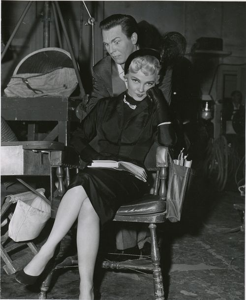 Howard Keel and Kathryn Grayson