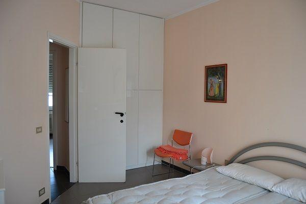 VIA #DOBERDÒ – #VIALEMONZA. Grazioso appartamento all'ultimo piano di una palazzina con ascensore e servizio di portineria. L'appartamento è ben tenuto e l'arredamento è gradevole e completo. Si tratta di un'ottima soluzione anche per #studenti universitari. http://www.rossomattone.eu/Milano_Viale_Monza_Milano_Affitto_Trilocale_Via_Doberd-h147-m19-s14-p16.html?&conta_lista=6&metodo=DESC&ordina=