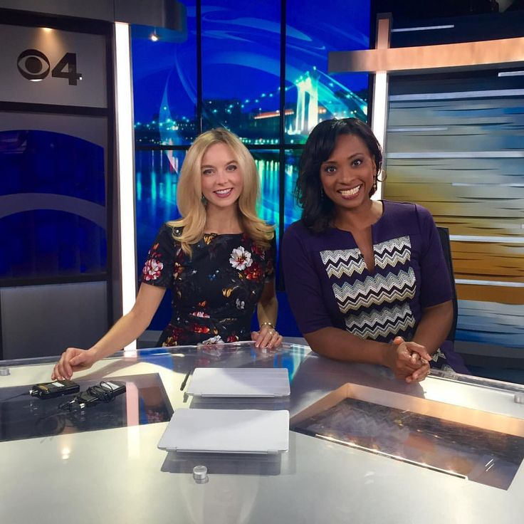 """Mollyrosenblatt on Instagram: """"Forecasting more snow for #monday and my pal @angeladaviswcco is back from renewing her vows! ❤️ #wcco #news #weather #minneapolis #minnesota @wccotv #tv #work"""""""