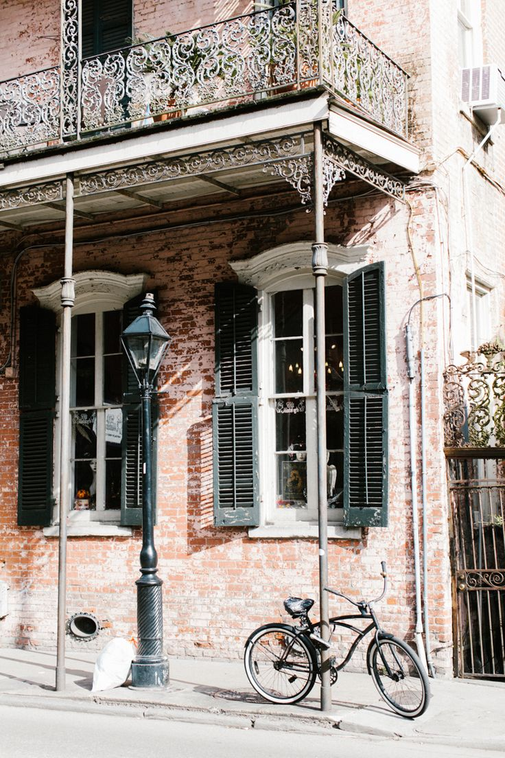 French Quarter beauty from bike to brick.