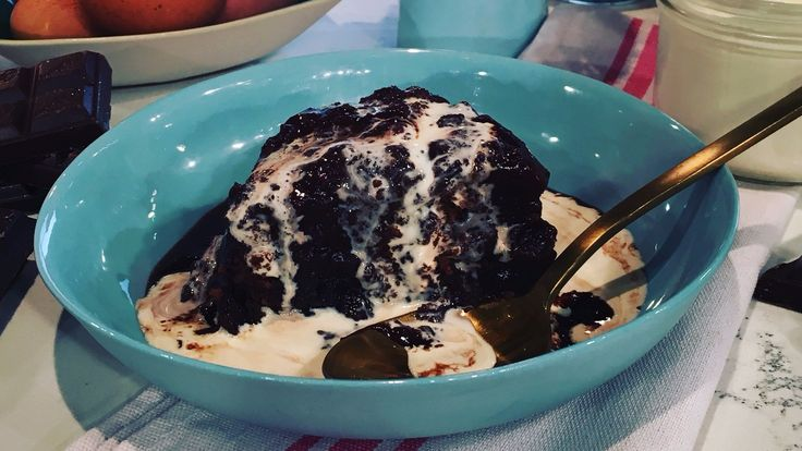 Lisa Faulkner's saucy chocolate pudding