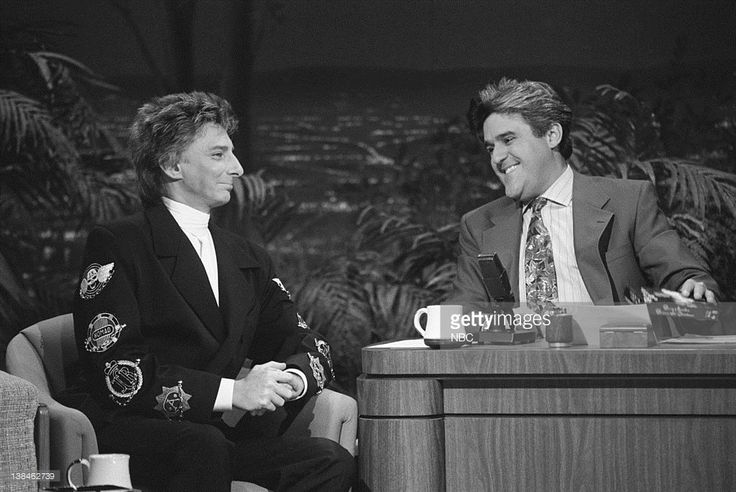 CARSON -- Air Date Musical guest Barry Manilow during an interview with guest host Jay Leno on December 10, 1991