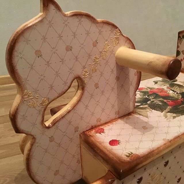 Я люблю свою лошадку, причешу ей шерстку гладко) ♥️    ⚫ ⚫ ⚫ ⚫ ⚫ ⚫ ⚫ ⚫ ⚫ ⚫⚫ ⚫ ⚫ ⚫ #pony_hm#authorswork#лошадкакачалка#подарокребенку#подарокнагодик#ручнаяработа#авторскаяработа#авторскаяигрушка#развитиеребенка#хендмейд#Authorstoys#handmadetoys#наширукинедляскуки#слелуйзамечтой#назаказ#подарок#handmade#мамадвойни#ямама#декупаж#творчество#эксклюзивныйподарок#индивидуальныйподарок#метрики#именнаяигрушка#giftforchild#giftforyear#educationaltoys#nametoy#ndividualgift