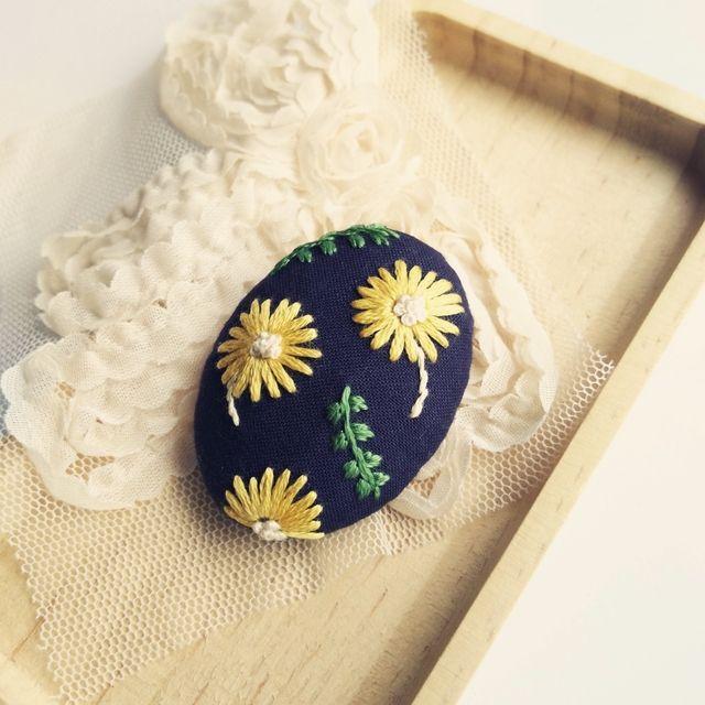 【展示品】ゆ~らゆら    刺繍ブローチピン