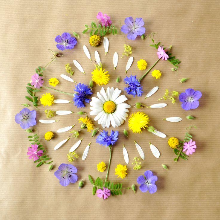 Nini's Flower Mandala's