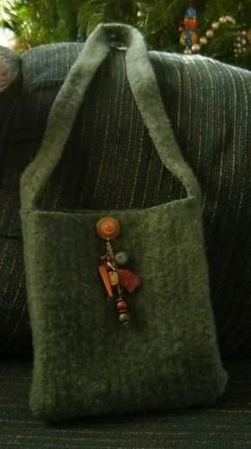 felted purses Made From Old Sweaters | made some felted sweater purses for Christmas gifts this year. I'd ...