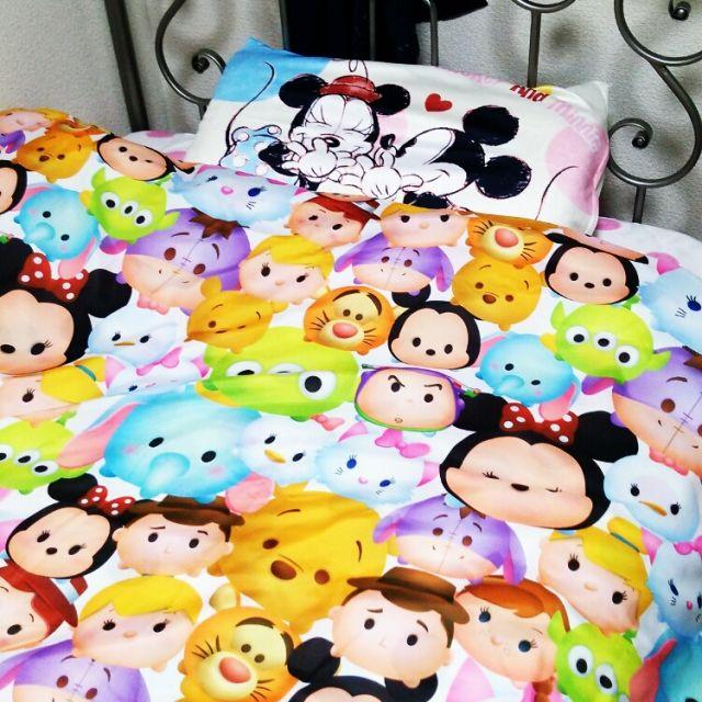 女性で、3LDK、シェア住まいのふとんカバー/しまむら/ミッキーマウス/ディズニー/ツムツム/ベッド周り…などについてのインテリア実例を紹介。「しまむらでツムツム柄の布団カバー買いました♡可愛い(*´艸`)枕カバーもしまむらです♪」(この写真は 2015-03-23 01:38:57 に共有されました)
