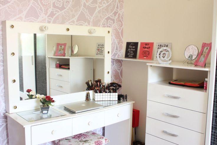 Decoração com papel de parede adesivo renda/rosa