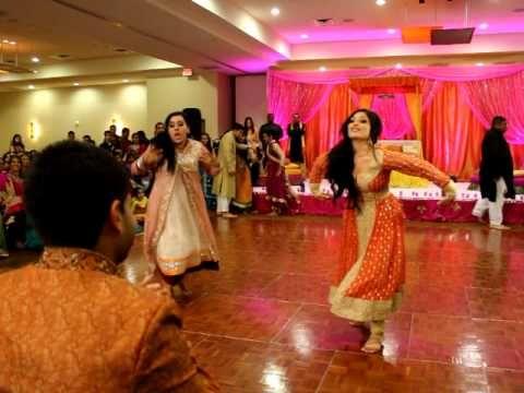 THE BEST PITHI DANCE EVER 2 OF 3 FARIHA MALIKS WEDDING Bollywood SongsBollywood WeddingIndian