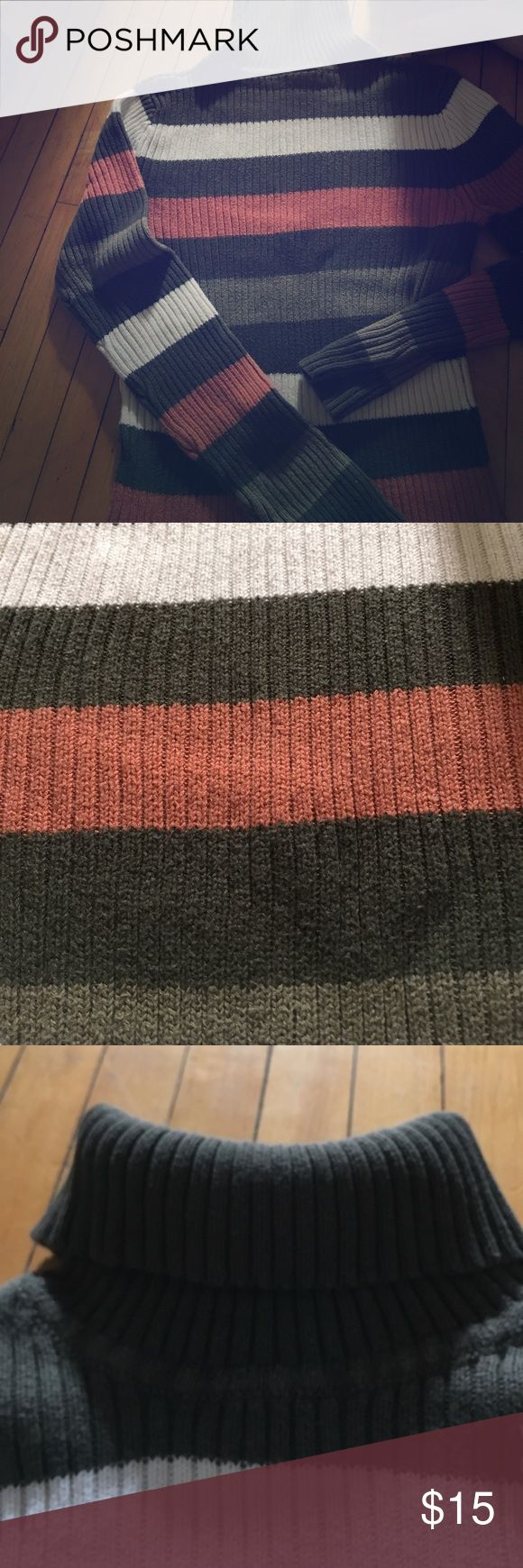 Sonoma Brand women's turtleneck sweater Women's turtleneck sweater multi colored. Coral pink, salmon color. White dark green and gray greenish colors. Size medium. Gorgeous thick or heavy sweater material. Made in Hong Kong 🇭🇰 gorgeous and authentically warm. Sonoma Sweaters