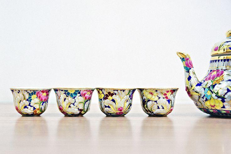 Teacups & Teapot