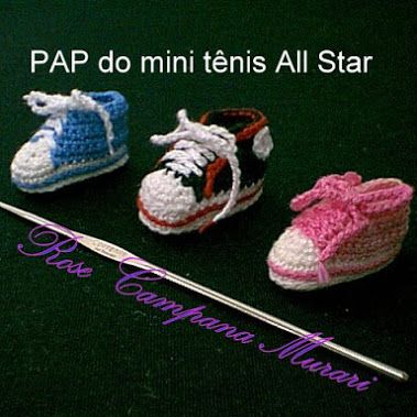 PAP do Mini Tênis All Star (step-by-step). Fiz este mini tênis baseada em um sapatinho de bebê. Para a porta da maternidade foi o mesmo All-star em tamanho para bebê recém-nascido.