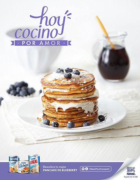 Pancake, bluebarry. Campaign:  l cook for love Advertising Agency:  McCann Photographer: Esteban Brocos. Production: BrocosFoto.