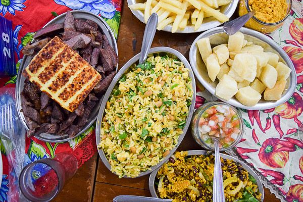 The typical food from the northeast reflects their Portuguese and African heritage. It includes ingredients such as coconut milk, palm oil, ginger and varieties of peppers. The cooking techniques are often passed on from generation to generation.
