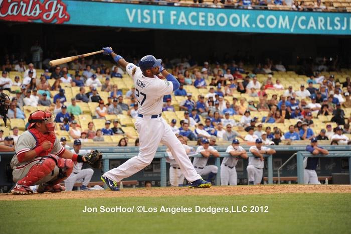 Matt Kemp hits a walk off homerun Matt kemp, Dodgers