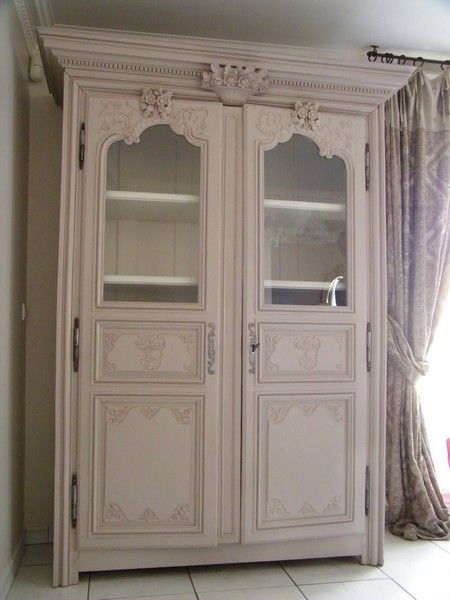 17 best images about meubles maman on pinterest painted cottage armoires and tables. Black Bedroom Furniture Sets. Home Design Ideas