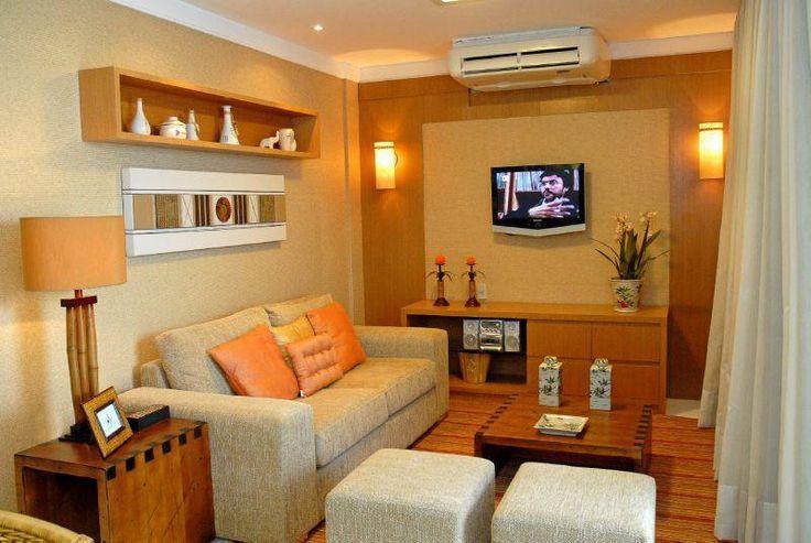 Si bien un departamento no es tan acogedor como una casa, con la compra de los muebles adecuados y el acomodo de los mismo haremos de ese espacio el mejor lugar para pasar horas. La sala es el lugar donde pasamos la mayor parte del día, la decoración de los interiores es esencial ya que