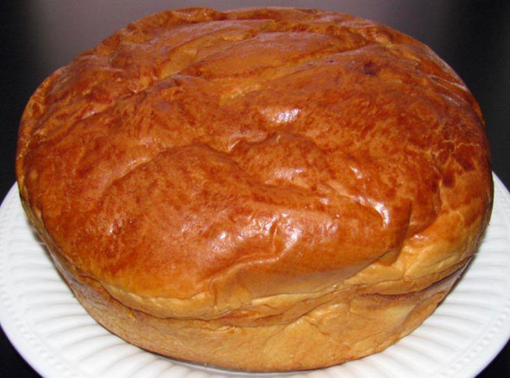 Yum... I'd Pinch That!   Portuguese Sweet Bread (Massa Sovada)
