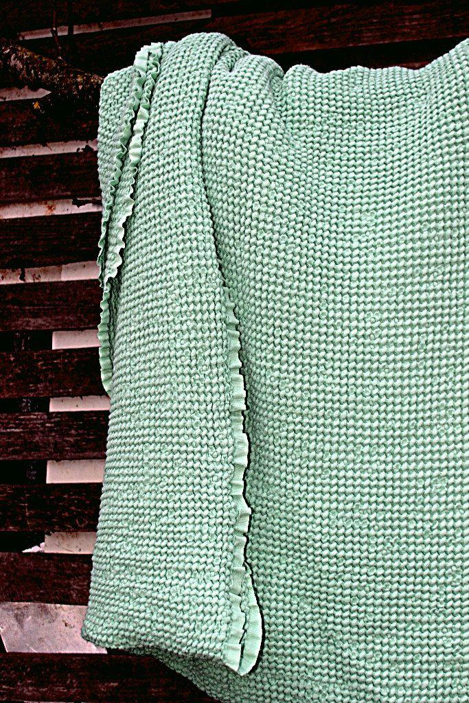 Coperta del tiro lino. Copertina di biancheria da letto. Verde chiaro. Texture lino lituano. Coperta del bambino blanket.linen lino waffle. Copridivano di BalticLinenIdille su Etsy https://www.etsy.com/it/listing/470653107/coperta-del-tiro-lino-copertina-di