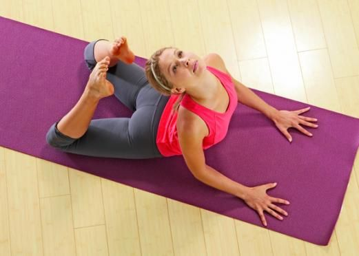 Yoga for Weight Loss: The Top 5 Fat-Burning Yoga Poses | Gaiam Life