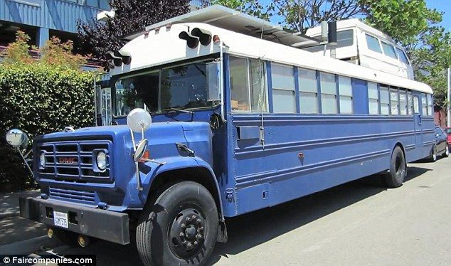 After The Mounted Six Solar Panels On The Roof Of The Now Two Story Bus Installed A Compost Toilet Solar Fridge A Old School Bus School Bus House School Bus