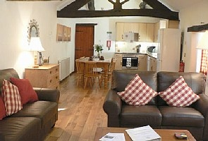 The Beams are just glorious and a pool! Just what is needed to soothe those hiking aches!     2 Bedroom Cottage: Cottage Rental, 2 Bedrooms, Sleeps 4 in Bakewell Vacation Rental in Bakewell from @homeaway! #vacation #rental #travel #homeaway