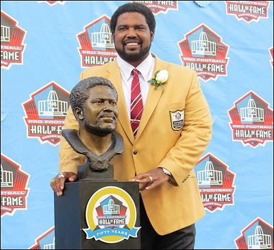 The bust, the gold jacket and the ring. The three physical icons that symbolize the elite status of being a member of the Pro Football Hall of Fame. Three icons that Jonathan Ogden, the first-ever Ravens player enshrined into the HOF, was honored with during his big weekend in Canton.