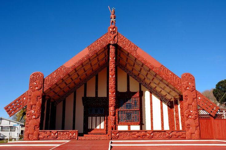 Rotorua NZ | Rotorua things to do; Maori culture and thermal activity | Ohinemutu Maori village