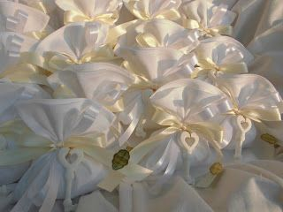 bomboniere ricamate di sara: bomboniere nozze d'oro....