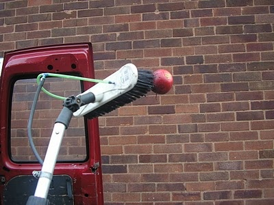 """Three Ways Of Running Your Winter Water Fed Pole. """"This picture was taken at 9.30 a.m., it was so cold that I could impale an apple on my brush."""""""