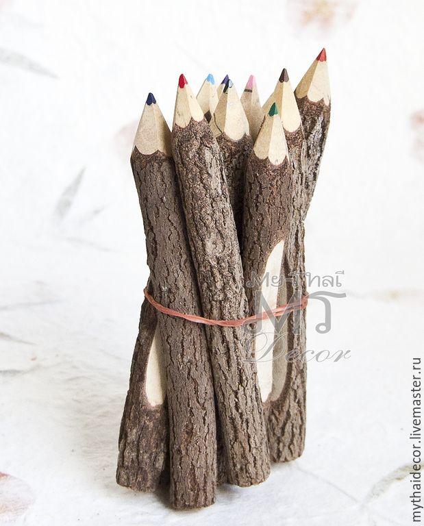 Набор деревянных цветных карандашей 10 шт. Ручная работа из натуральных веток тамариндового дерева. Идеальный экологичный подарок и для взрослых, и для детей. Стильный аксессуар для фотосессии, свадьбы в деревенском стиле, украшение стола, подарок коллегам. Такими карандашами гости на вашей свадьбе оставят только наилучшие пожелания в свадебной книге! Цена 400 руб. Купить здесь www.my-thai-sale.ru