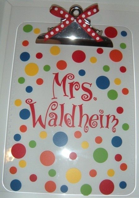 Lisa look at this! We could do it backwards so you don't write on the edges. monogrammed cricut ideas | Cricut Ideas