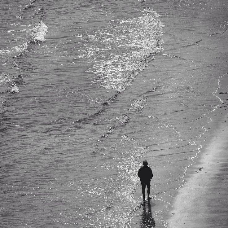Morning walk on the beach  #calm #morningwalk #binic #seaside #hello_france #france #igers #igerfrance #igersoftheday #igersdaily #daily #dailypost #iglife #explorer #explore #neverstopexploring #lookaround #serialtraveler #exklusive_shot #beautifuldestinations #visualoftheday #ig_france #kings_villages #agameoftones #topfrancephoto #ig_masterpiece #visitfrance #picoftheday