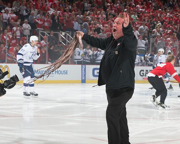Did You Know Two American Brothers Started The Tradition Of Octopus Throwing During The 1952 Playoff Games A Red Wings Detroit Red Wings Joe Louis Arena
