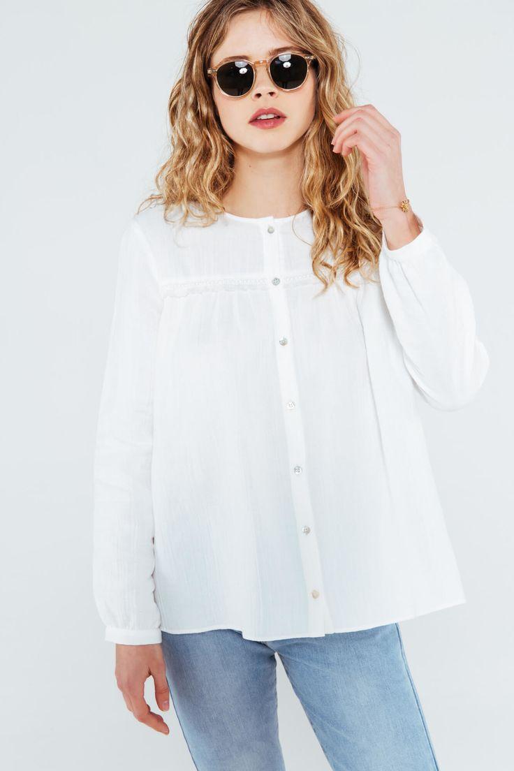 C'est la blouse à se procurer au plus vite ! Lisa est à la fois délicate, romantique, bohème et…indispensable. Pour être stylée, portez-là avec notre jean boyfriend Tom et des petites baskets blanches Honoré.