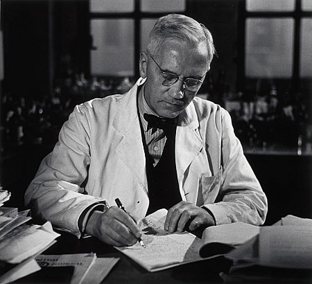 the medical life and contributions of sir alexander fleming Read a biography about the life of sir alexander fleming who is best known for   mary's hospital medical school at the university of london under sir almroth.
