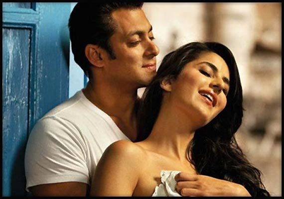 Bollywood Picks Hot Couple As The Least Talented Actors ...