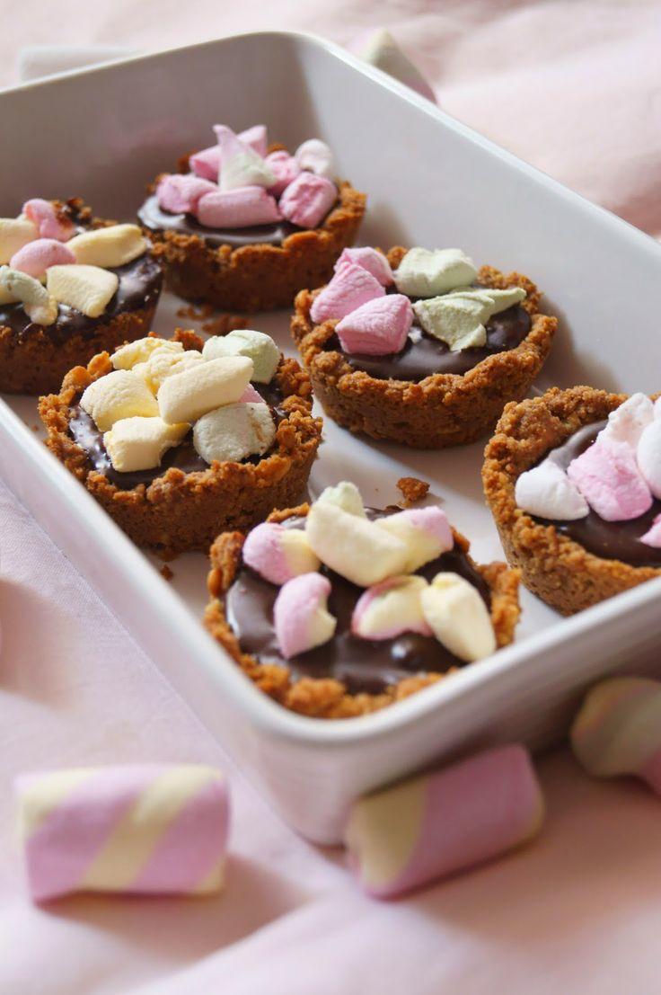 Chocolate Marshmallows Mini Pies