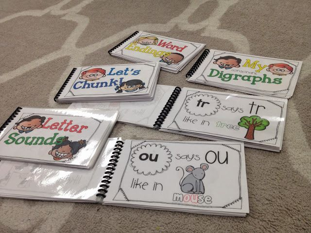 Phonics Flip Books! good for parents to work on at home- school to home connections!