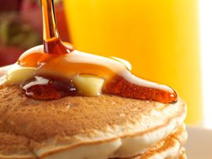 """How to Make Your Own Pancake Mixes (2 of them) - Includes """"20 Ways to Make Gourmet Pancakes"""""""