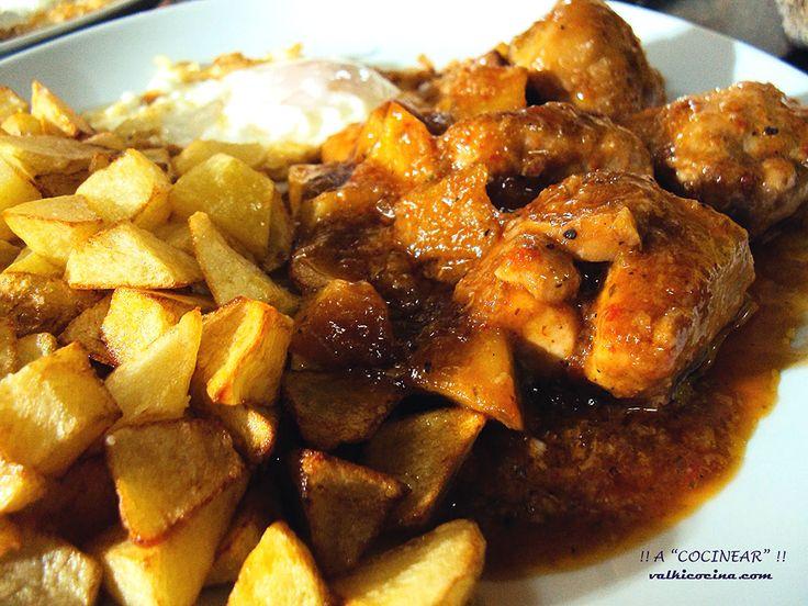 Una forma muy sencilla y rápida para disfrutar de un sabroso pollo de corral en deliciosa salsa, con todo el encanto de la receta tradicional.