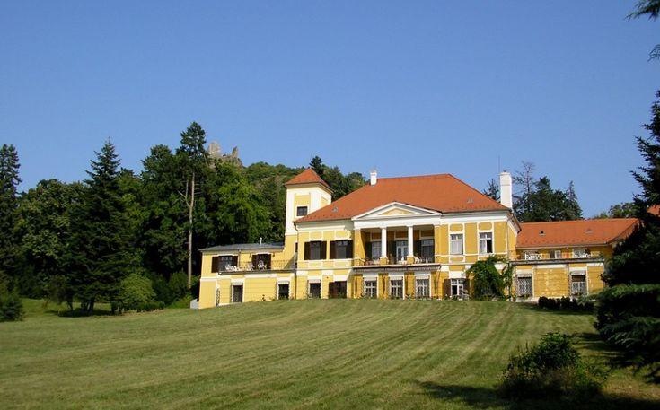 A szigligeti Puteani-Eszterházy-kastély